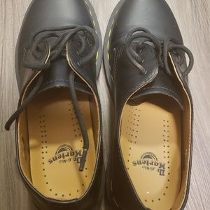 Black Doc Martens oxfords